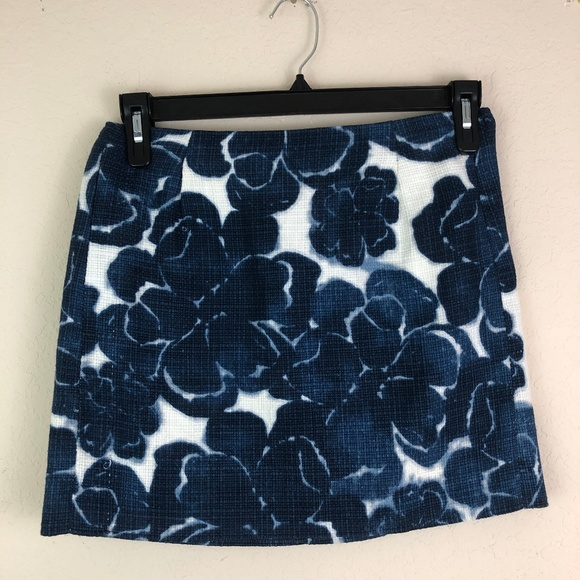 J. Crew Dresses & Skirts - J. CREW Skirt Blue Floral Size 2 Short Casual Work